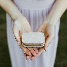 'Ring' Travel Jewellery Box 💍 A beautiful gift the bride will treasure! 'Ring' petite travel jewellery box in Blush! Something the bride can use on their special day and take on their honeymoon! Black Clutch Bags, Wedding Gifts For Bridesmaids, Wedding Favors, Wedding Bride, Travel Jewellery Box, Jewelry Box, Black Makeup Bag, Pouch Bag