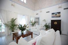 Hibiscus villa interior, St Lucia