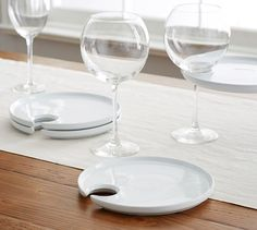 Just in time for holiday parties -- Great White Mingling Plate.