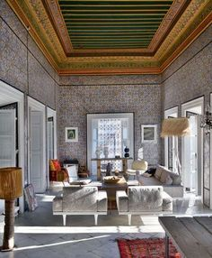 Large and original living-room in Tunis, Tunisia | More photos http://petitlien.fr/palaisrock
