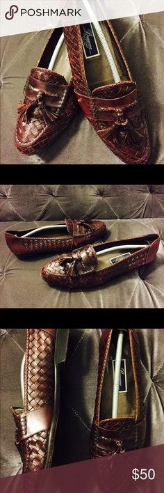 Men's Cole Haan Maroon Leather Shoes Bragano by Cole Haan Men's Maroon Woven Leather Tassel Loafers Size (13). Item comes from a pet free & smoke free home! Cole Haan Shoes Loafers & Slip-Ons