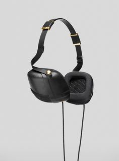 Molami Black Headpones