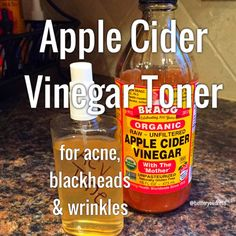 Using Apple Cider Vinegar as a facial toner for acne, blackheads, and wrinkles! // this stuff is good for everything Apple Cider Vinegar Toner, Apple Cider Vinegar Remedies, Toner For Face, Facial Toner, Facial Wash, Apple Cider For Acne, Vinegar For Acne, Acv For Acne, Acv Acne