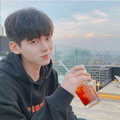 Korean Boys Hot, Korean Boys Ulzzang, Ulzzang Couple, Ulzzang Boy, Asian Boys, Korean Girl, Cute Boys Images, Cool Girl Pictures, Couple Aesthetic