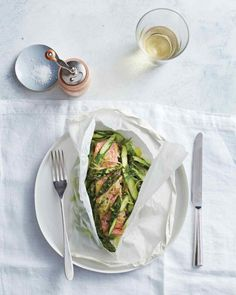 Salmon, Asparagus, and Leek in Parchment