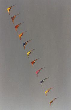 I love stacked kites.