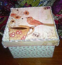 Mi Rincón de Manualidades:  CAJA CON PÁJARO Caja decorada con papel de scrap ...