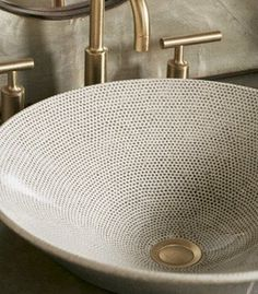 textured wash basin