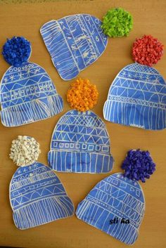 Draw designs with white crayon, then paint over with wat… Winter hats craftivity. Draw designs with white crayon, then paint over with watercolor. These would make an adorable bulletin board! Winter Art Projects, Winter Crafts For Kids, Winter Fun, Kids Crafts, Arts And Crafts, Winter Hats, Christmas Art For Kids, Winter Beanies, Christmas Art Projects