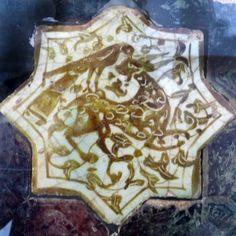 Karatay Medrese, Konya : Single Star Luster Tile Motifs – Yıldız Lüster Tek Karo Motifleri