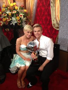 Kellie and Derek are the #DWTS season 16 CHAMPIONS!!!!!!!!!!