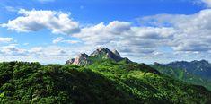 북한산 - 백운대와 인수봉(Mt. Bukhansan)