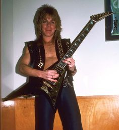 A rare shot of Rhoads playing his second Jackson Concorde V backstage before a December 30,  1981, gig with Ozzy Osbourne at the Cow Palace in San Francisco. Photo by Neil Zlozower