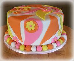 Retro Birthday Cake Tutorial by Cutesweetthings Brithday Cake, Themed Birthday Cakes, Themed Cakes, Hippie Birthday, Retro Birthday, Hippie Party, Pretty Cakes, Cute Cakes, Hippie Cake