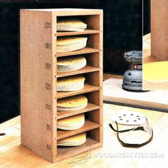 Sanding Disk Storage - Sanding Tips, Jigs and Techniques - Woodwork, Woodworking, Woodworking Tips, Woodworking Techniques