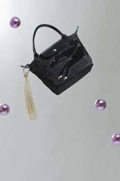 The Horse can fly ? Sure it does :) #Fashion #Longchamp #Bags