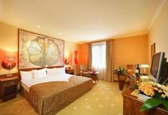 Lindner Hotel, Prague - free internet, breakfast, $130 per night