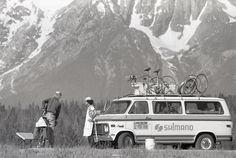 During the Bikecentennial summer a Bud's Bike Shop/Shimano sponsored van and mechanic roamed the TransAm Trail offering on-the-spot repairs. (photo by Dan Burden)