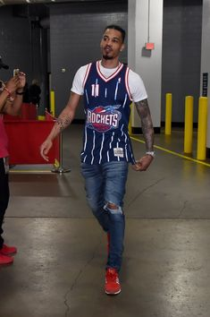 Dope Outfits For Guys, Swag Outfits Men, Outfits Hombre, Retro Outfits, Sport Outfits, Male Outfits, Nba Fashion, Fashion Wear, Sport Fashion