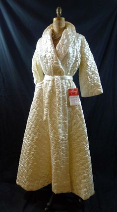 Gorgeous Vintage 50s 60s Ivory Quilted Boudoir Dressing Gown Lounging Robe Old Hollywood Glamour Wedding Trousseau via Etsy