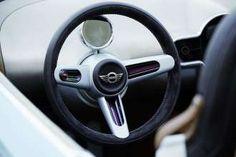 BMW has unveiled at this year's Concorso d'Eleganza Villa d'Este a special concept: the Mini Superleggera Vision. Mini Superleggera, Used Cars Movie, Roadster Car, Bmw M2, Mazda Mx, Car And Driver, Transportation Design, Retro, Concept Cars