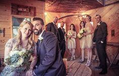 Full wedding party in treehouse | Vintage style wedding photography | www.newvintagemedia.ca | Berkeley Fieldhouse