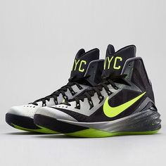 "Nike Hyperdunk 2014 ""NYC"". Get a look at the entire Hyperdunk 2014 ""City Pack"" on Sneakernews.com"