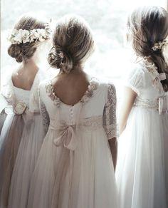 Manaus, Bali y Aviñon para niñas Girls Communion Dresses, Baptism Dress, Little Girl Dresses, Girls Dresses, Flower Girl Dresses, Country Wedding Dresses, Designer Wedding Dresses, Ball Dresses, Ball Gowns