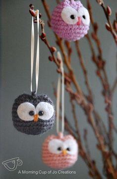 Baby Owl Ornaments - crochet