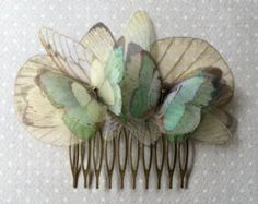 I Will Fly Away - Hair Comb with Butterflies and Ivory Wings in Organza of . I Will Fly Away – Hair Comb with Butterflies and Ivory Wings in Organza of … Cute Jewelry, Hair Jewelry, Jewelry Accessories, Bridal Accessories, Wedding Jewelry, Bronze Hair, Gold Hair, Fly Away Hair, Silk Organza
