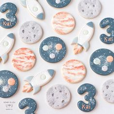 Space Baby Shower for Boys Space Baby Shower for Boys Space Baby Shower, Outer Space Party, Outer Space Crafts, Moon Party, Boy Birthday Parties, Baby Birthday Themes, 2nd Birthday, Birthday Ideas, Themed Parties
