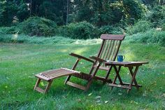 SeaTeak Britannia Folding Steamer Lounge - Oiled Finish, The Solid Teak folding chair is perfect for comfortable lounging on a deck, patio, boat, pool side. Designed to last for years outdoors. Machine cut production, heavy-duty Brass Hardware. Contact us Today!!