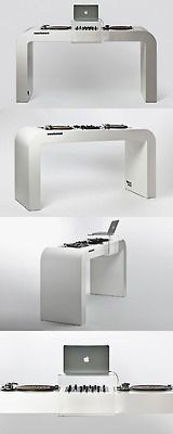 """CLASSIC WHITE GLOSSY"" Dj Stand 