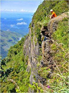 World's End - Horton Plains National Park Sri Lanka (www.secretlanka.com)