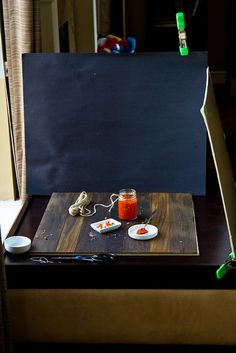 Photo Set Up and Styling: I love these real behind the scenes snapshots. Helpful, reassuring, and informative. Food Photography Lighting, Cupcake Photography, Dark Food Photography, Photography Lessons, Photography Backdrops, Photography Tutorials, Photography Photos, Digital Photography, Photography Camera