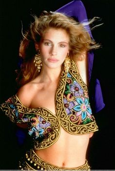 "Julia Roberts ... Photographer: ""Julia, you're gorgeous! The only thing that could make you sexier is a genie costume. Let's do this."""