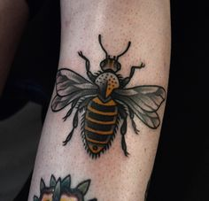 Find and save ideas about Black bumblebee image 1 tattoo on Tattoos Book. More than FREE TATTOOS Bumble Bee Tattoo, Honey Bee Tattoo, Girl Tattoos, Tattoos For Guys, Tatoos, Henna, Inspiration Tattoos, Tattoo Ideas, Design Inspiration