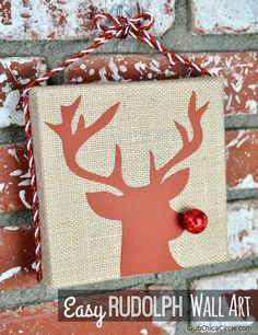 Easy Rudolph Wall Art Craft Idea by Club Chica Circle
