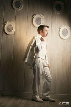 reportajes originales de comunion murcia Boys First Communion, Carson Lueders, Communion Cakes, Dress Cake, Gentleman Style, Beautiful Boys, Boy Outfits, Parties, Normcore