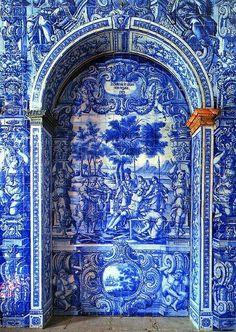 Azulejos, Portugal: Tiles ~ Portico detail, Church of São Lourenço ~ Algarve Cool Doors, Unique Doors, The Doors, Windows And Doors, Portuguese Tiles, Portuguese Culture, Door Knockers, Doorway, Stairways