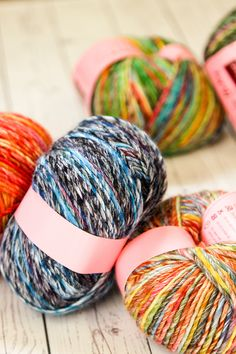 Worsted weight Louisa Harding Pitturissimo offers bold color combinations in a lustrous single-ply wool blend. Louisa Harding, Yarn Braids, Yarn Cake, Yarn Stash, Types Of Yarn, So Little Time, Bold Colors, Yarns, Color Combinations
