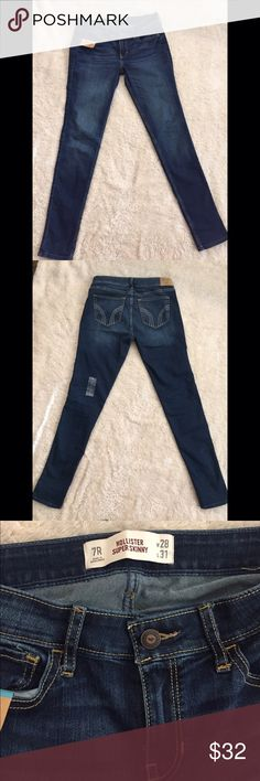 NWT Hollister Super Skinny Jeans Brand new, I took off tags thinking they fit, but they didn't. Size 28 or 7 Hollister Jeans Skinny