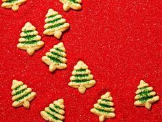 Make these goodies from HGTV Magazine and Food Network Magazine, then wrap them in festive packages, and save a few for yourself. Now that's a recipe for a happy holiday! #hgtvmagazine // http://www.hgtv.com/design/make-and-celebrate/holidays/4-ways-to-bake-give-and-keep-holiday-cookies-pictures?soc=pinterest