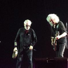 @aprilwg Two living legends! 😍 #RogerTaylor #BrianMay #Queen #AdamLambert #QAL #QALHK #Queenbert #QueenAndAdamLambert
