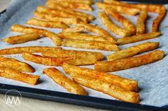 V kuchyni vždy otevřeno ...: Pečené celerové hranolky