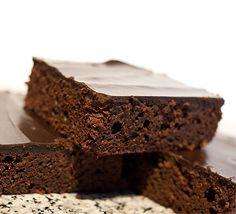Peanut Flour Cake Brownies - low carb