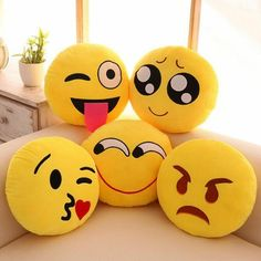 Pack of 5 Elegant Decorative Emoji Cushions, Emoji Love, Cute Emoji, Emoji Pics, Emoji Pictures, Pictures Images, Life Images, Smile Wallpaper, Emoji Wallpaper, Cute Cartoon Wallpapers