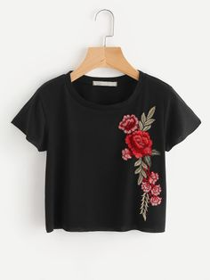 Shop Embroidered Applique Crop Knit T-shirt online. SheIn offers Embroidered App… Shop Embroidered Applique Crop Knit T-shirt online. SheIn offers Embroidered Applique Crop Knit T-shirt & more to fit your fashionable needs. Teen Fashion Outfits, Mode Outfits, Trendy Outfits, Girl Outfits, T Shirt Fashion, T-shirt Broderie, Embroidered Clothes, Look Cool, Shirts For Girls