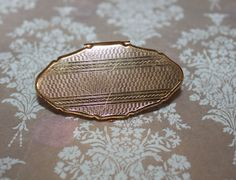 Stratton Gold Lipview Holder and Mirror Ladies Vanity Essential. Made in England. Vintage Gift Idea for Her. Vintage Gifts, Vintage Items, Stratton Compact, Lipstick Holder, 1950s, Coin Purse, Take That, Vanity, England