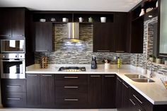 Cocina Thermofoil Espresso 3: Cocinas de estilo moderno por Toren Cocinas #decoraciondecocinasmodernas